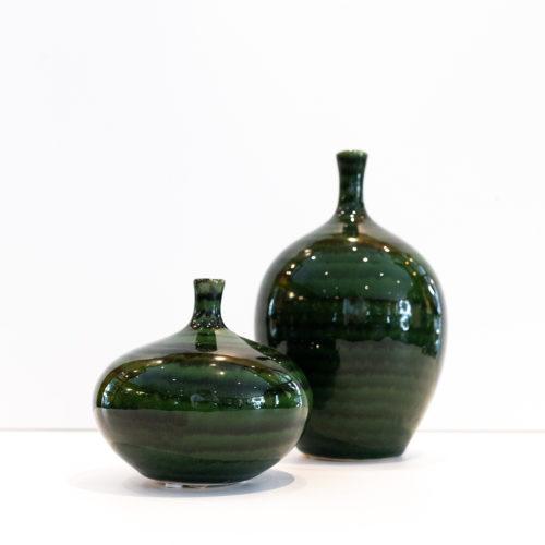 Grønne stripete vaser